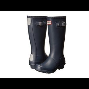 Hunter Navy Rain Boots w/ Fleece Socks